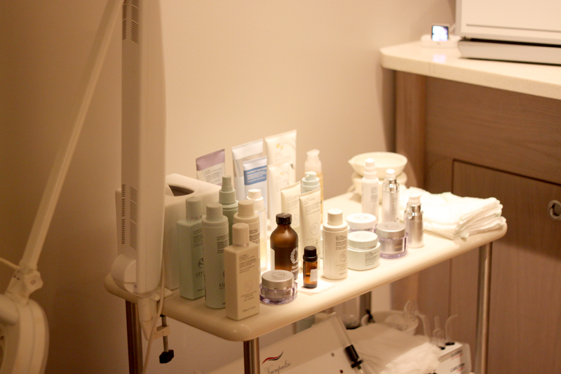 LIZ EARLE PURIFYING FACIAL REVIEW