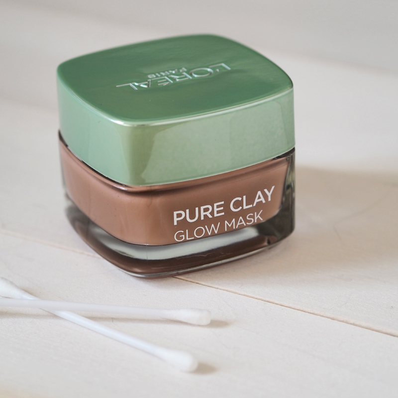 WHY YOU SHOULD BE USING CLAY IN YOUR SKINCARE ROUTINE