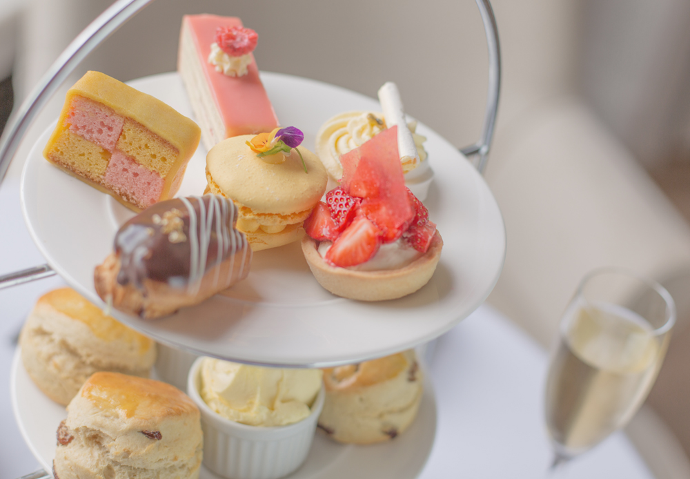 Today I'm sharing one of favourite afternoon tea ideas in York - The Principal Hotel. Come and discover why is a five-star afternoon tea.
