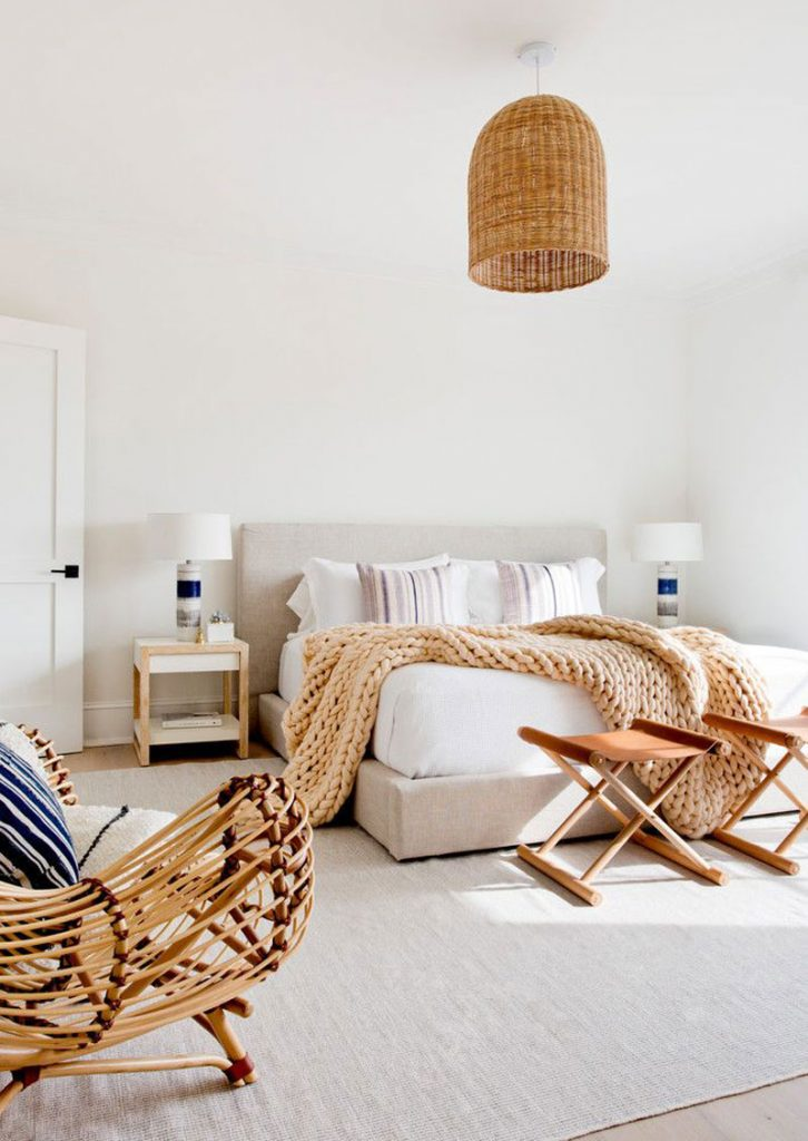 10 X 12 Bedroom Design: Blue, White & Wooden Interior Inspiration
