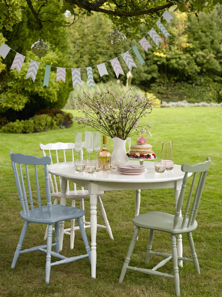 Upcycled outdoor dining furniture