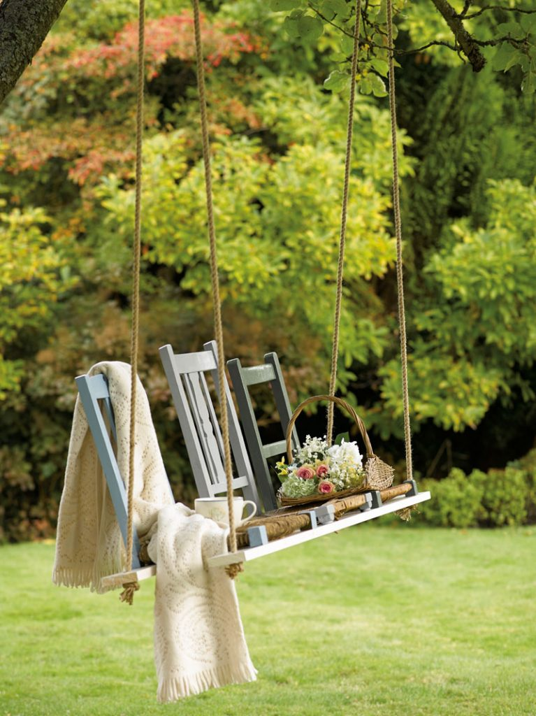 Garden swing updated with chalk paint