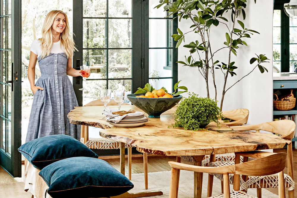Julianne Hough 39 S Hollywood Home Tour Apartment Number 4