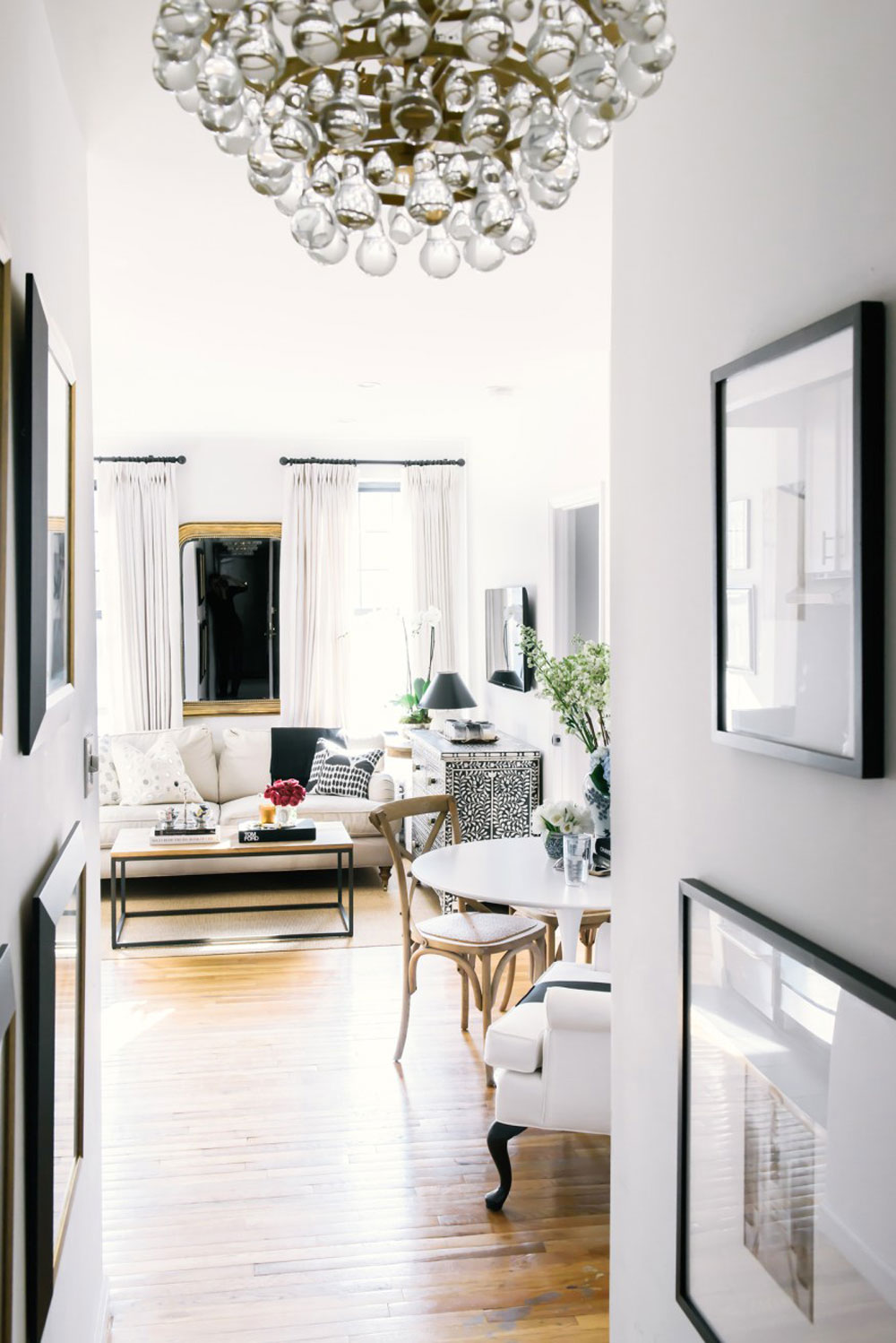 Get The Look Of A Glamorous New York Apartment Apartment