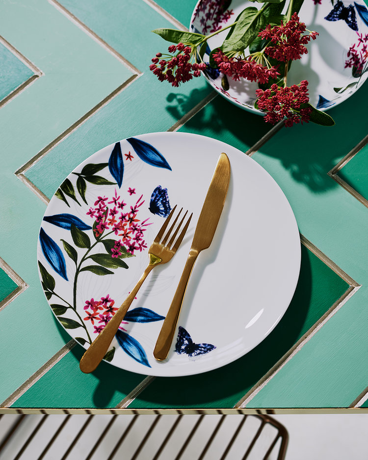 Split into six trends, the Sainsbury's SS18 homeware collection is the supermarket's strongest range to date. Come & take a sneak peek.