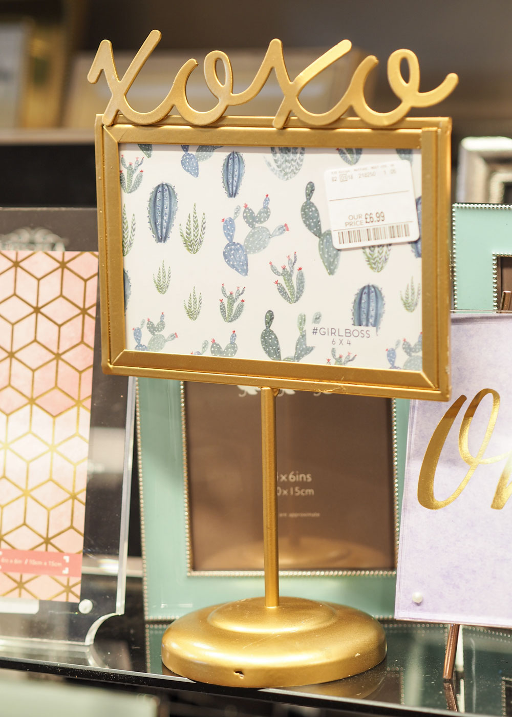 The Guiseley Homesense store opened earlier this year and today I'm showing you why this store is perfect for all your Christmas buying needs.