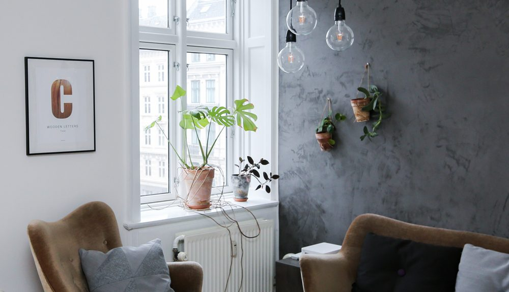 From pre-designed rooms to starting from the floors up, today we're taking a look at how an interior designer can help you.