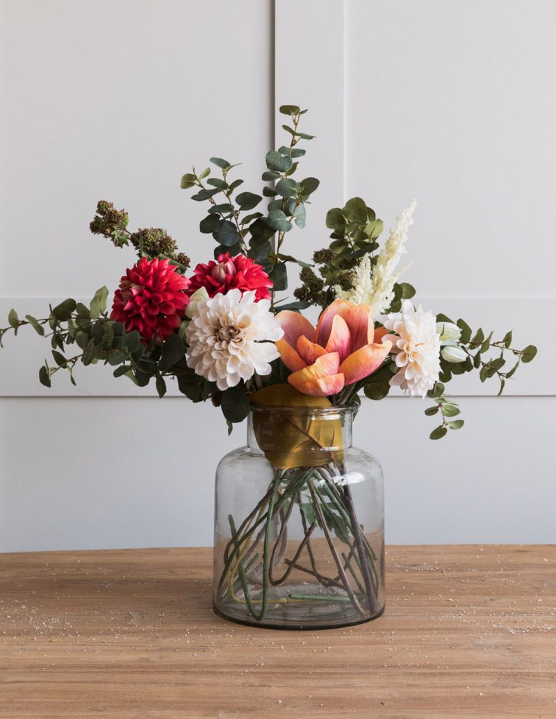 Teaming up with the British interior store Rose & Grey ahead of the launch of 4 Magazine, here are the best faux flowers online to buy this season.