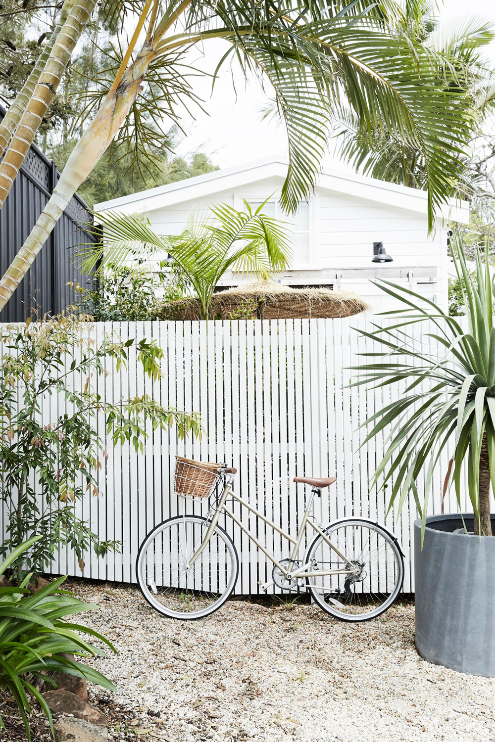 The Bower is possibly one of the best hotels in Byron Bay, Australia. Today we take a look inside & see how to get the same look yourself at home.