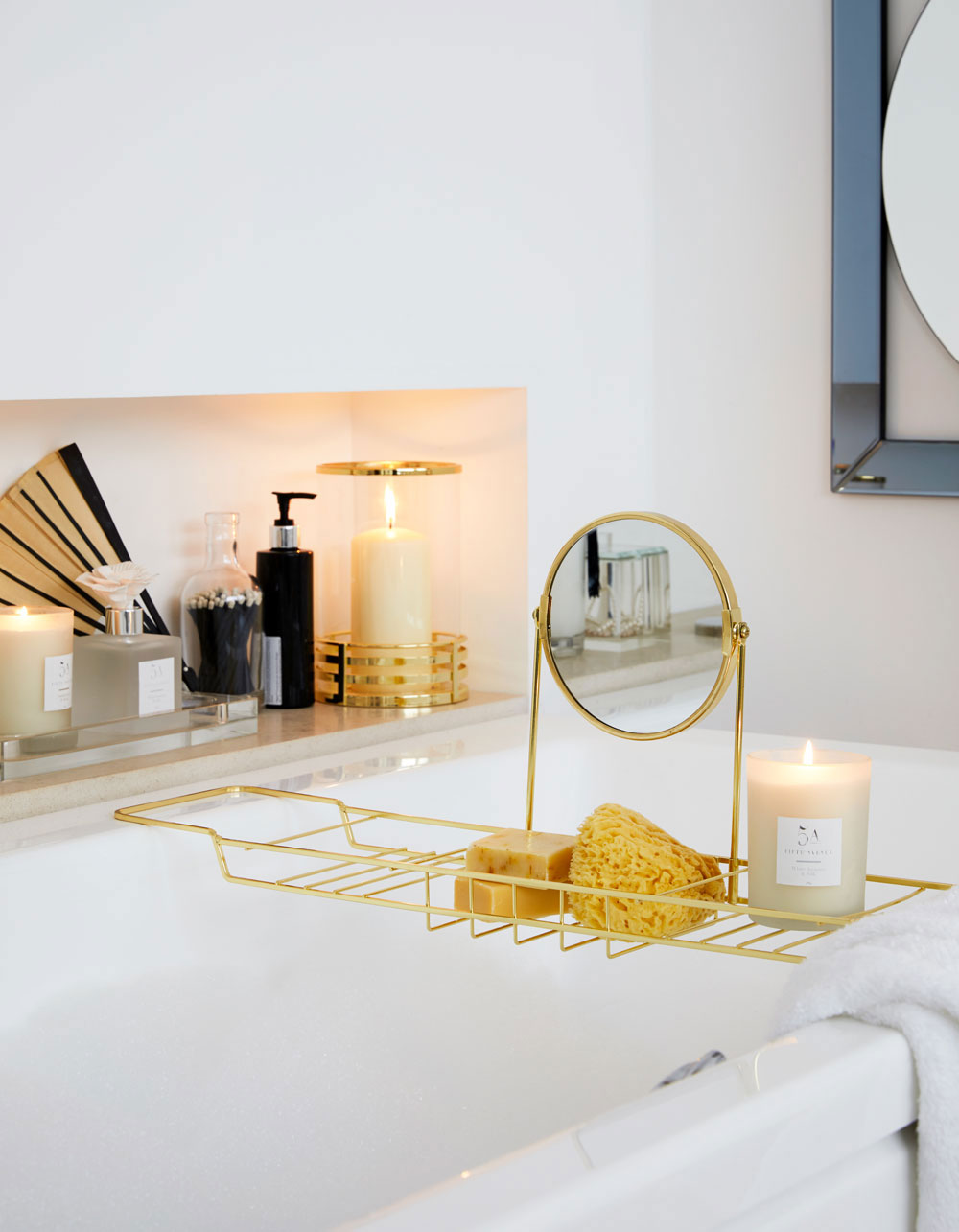 Today I'm sharing stylish storage solutions and ideas for small bathrooms, whether you