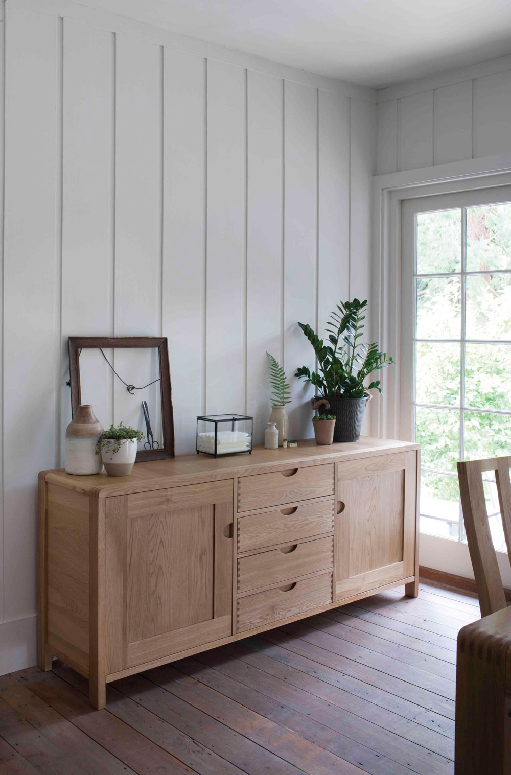 Scandinavian design has been reworked for SS18, this time with a nautical flair from Furniture Village. Discover Scandi Seaside right here.