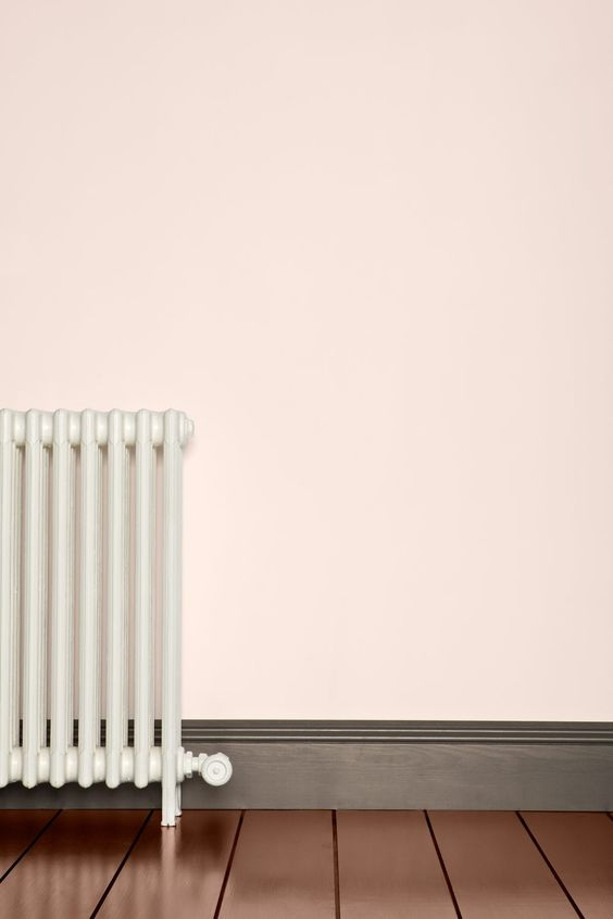 Skirting boards are often a forgotten interior design idea but in today's post I share why skirting should be the first consideration in renovation planning.