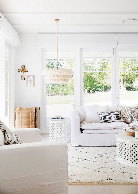 If you're looking to master the California decorating style in your own home, this post shares how to get that Cali-cool vibe in every room of your house, whether you live by the coast, in the city or out in the countryside. From relaxed, white living room ideas, to Californian inspired bedroom designs, this post is the ultimate guide to creating a California coastal style home. Expect boho touches, natural homeware ideas and cosy rustic inspiration.